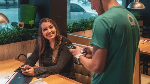 Płatność w restauracji - dzięki kredytowi odnawialnemu